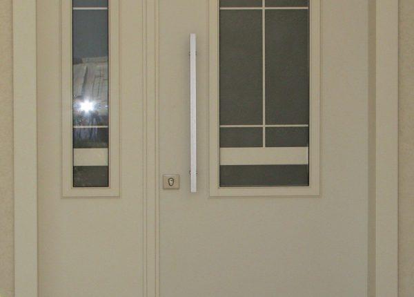 דלתות מדגם פנורמי